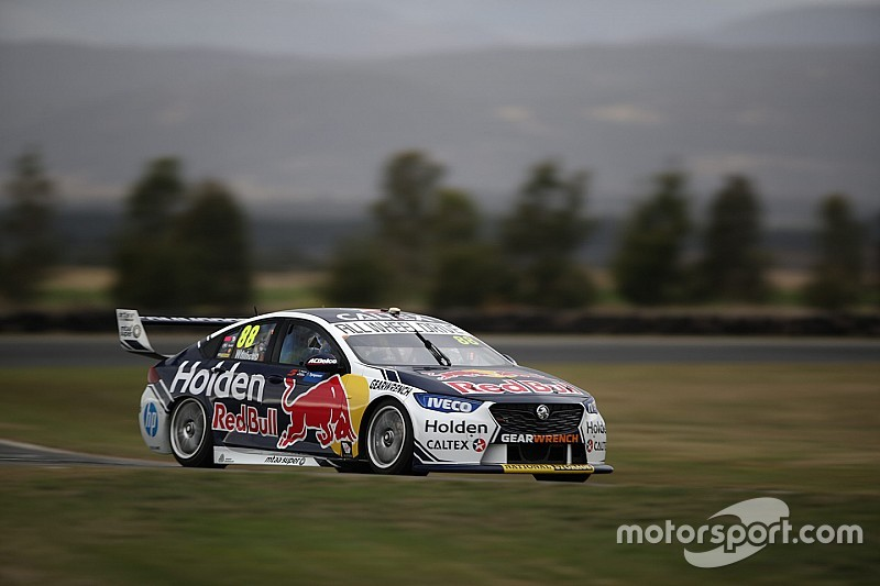 Tasmania Supercars: Whincup tops first practice by 0.01s