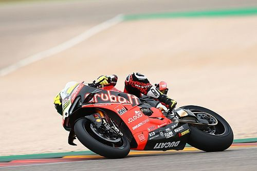 Aragon WSBK: Bautista dominates again despite Rea charge