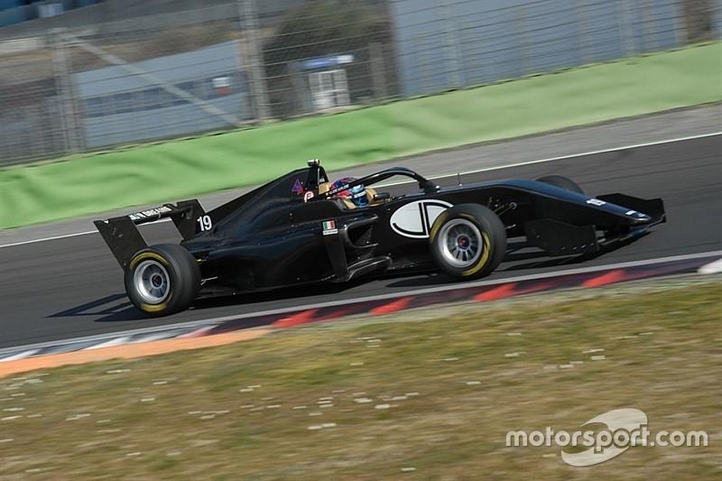 Cinque team in pista a Vallelunga con le vetture della Formula Regional