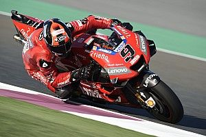 MotoGP Qatar: Petrucci kuasai warm-up, Rossi ke-11