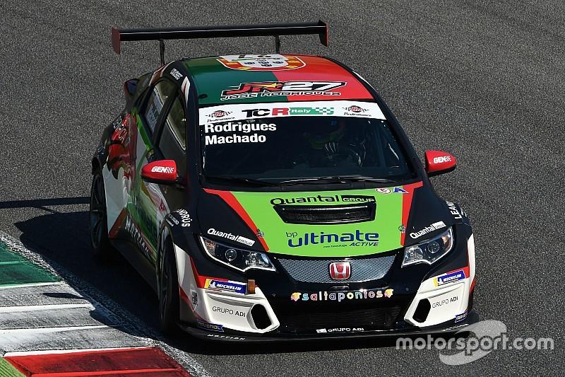 Vallelunga, Libere 2: nel finale la spunta la Honda di Machado