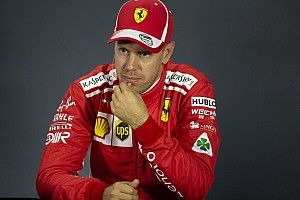 """Vettel: """"Fout om grid slechts deels opnieuw te asfalteren"""""""