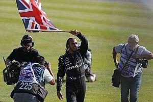 """Hamilton: """"Scusarmi con Verstappen? Non capisco perché"""""""