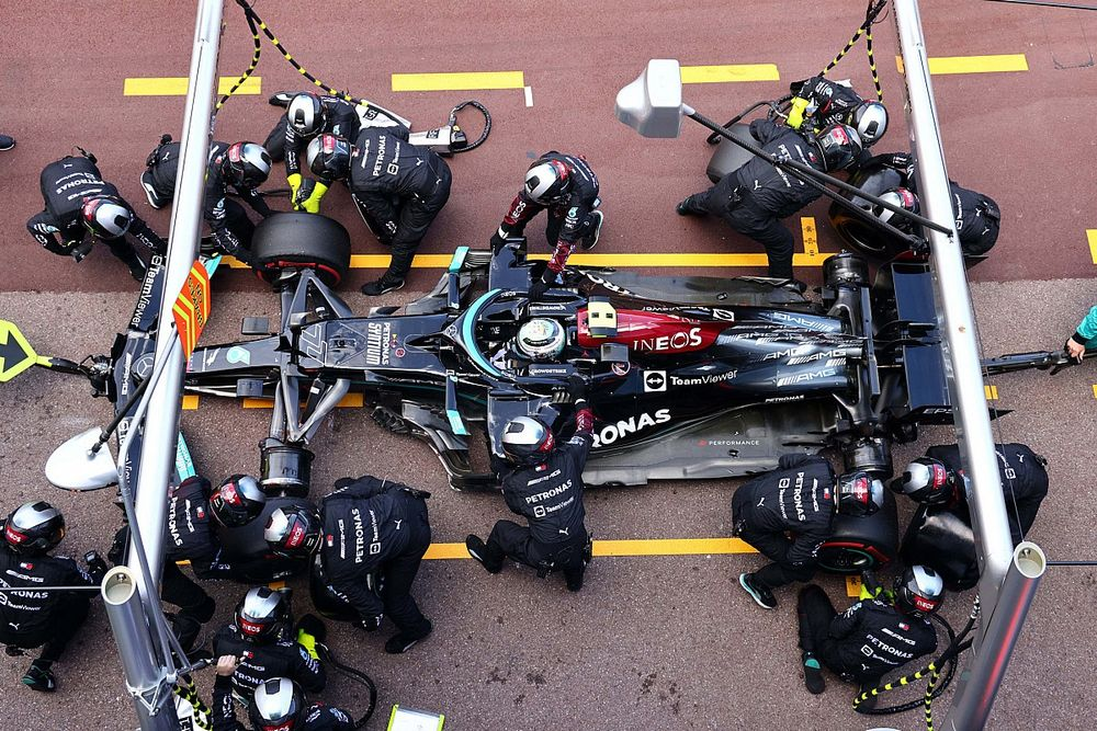 """Bottas """"surprised"""" by Mercedes suggestion he was out of position in Monaco pitstop"""