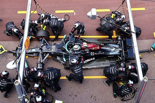 Bottas, Monako'daki pit stopta aracın pozisyonunun yanlış olduğu önerilerine şaşırmış