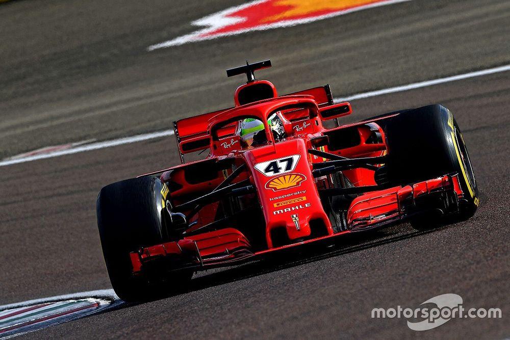 Schumacher, SF71H ile katıldığı testin ilk gününü başarıyla tamamladı