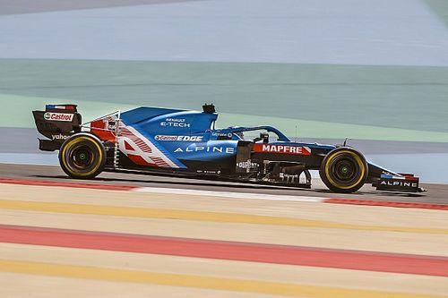 Először az Alpine volánja mögött Alonso! (képek)