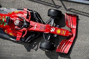 VIDEO: Leclerc crasht Ferrari in tweede vrije training