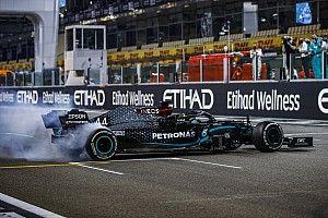 """Mercedes: """"Hamilton'un sözleşmesi hakkında çıkan dedikodular 'saf kurgu' """""""