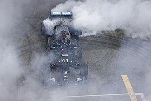 """Mercedes: """"Çağın en başarılı F1 sürücüsünü takımımızda tuttuğumuz için çok mutluyuz!"""""""