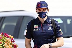 Verstappen: ''Umarım Mercedes'i baskı altına alabiliriz''
