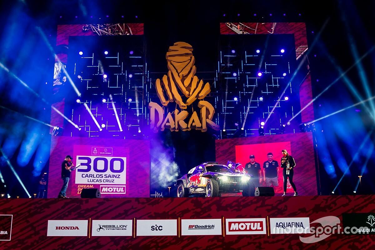 Galería: el podio de salida del Dakar 2021