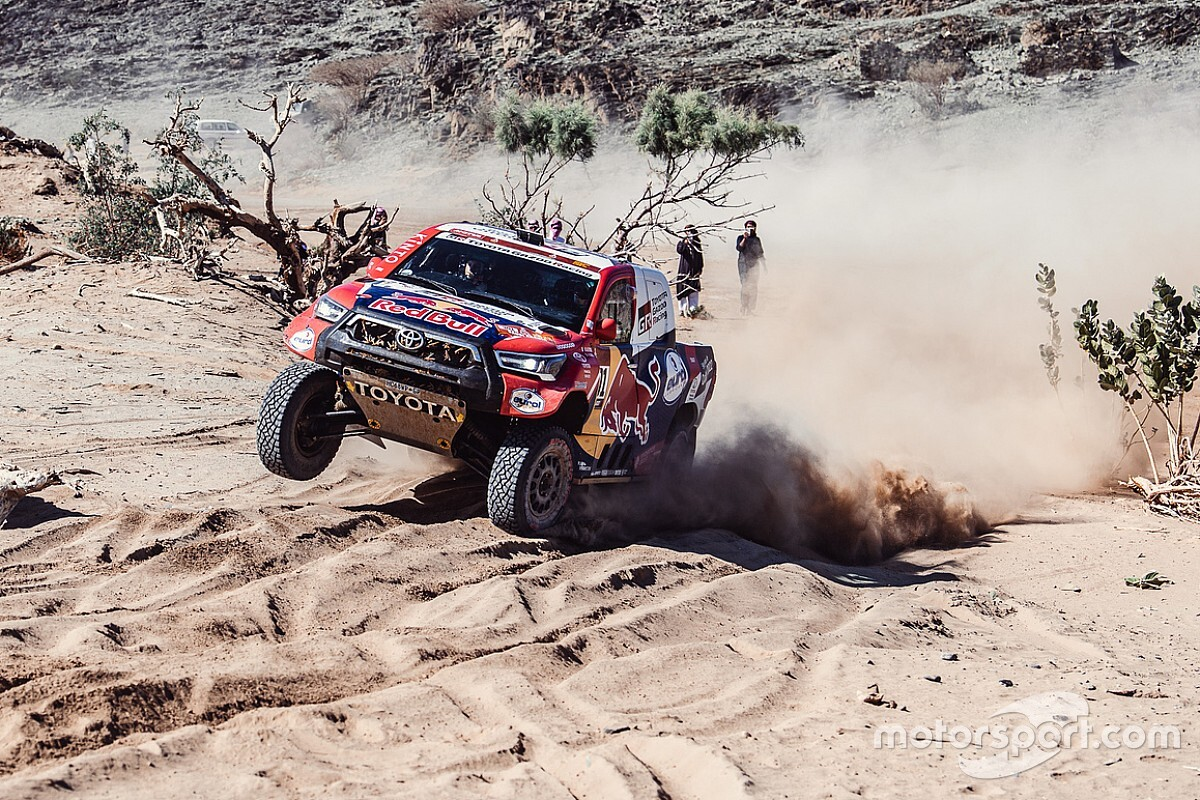 Dakar 2021, Stage 2: Al-Attiyah fastest, Peterhansel leads