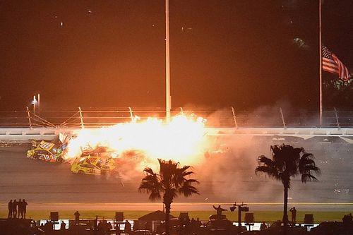 Daytona 500: Feuerball in letzter Runde - McDowell siegt erstmals