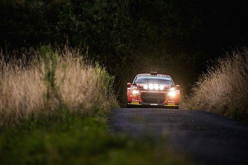 CERA: López se luce en la noche del Rally de Ferrol y arranca líder