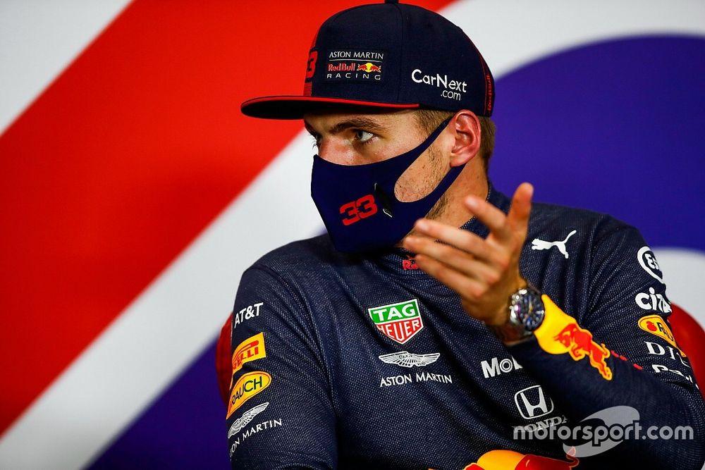 Ферстаппен объяснил, зачем отписался от Red Bull и Honda в соцсетях