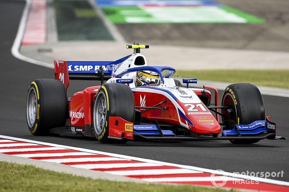 Россияне впервые сделали дубль в гонке Формулы 2