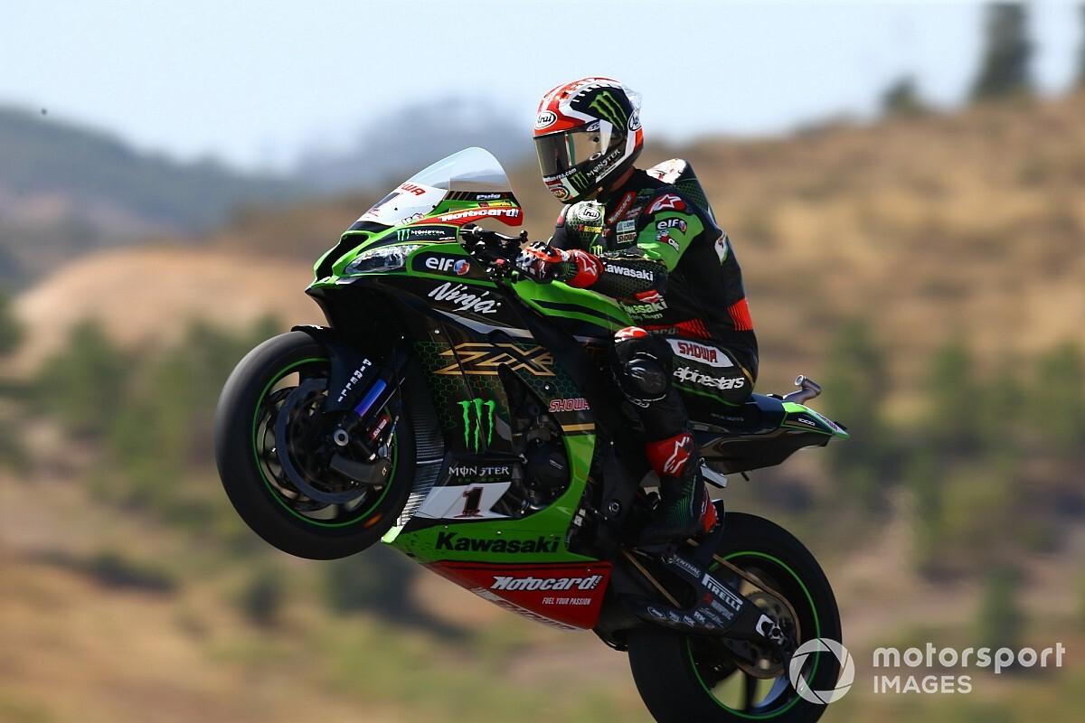 Portimao WSBK: Rea dominates, Redding struggles - Motorsport.com