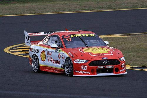 Sydney Supercars: McLaughlin beats Holdsworth in finale