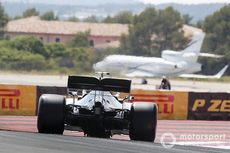 Pneus 2020 : derniers tests avec Ocon, Pirelli veut plus de temps