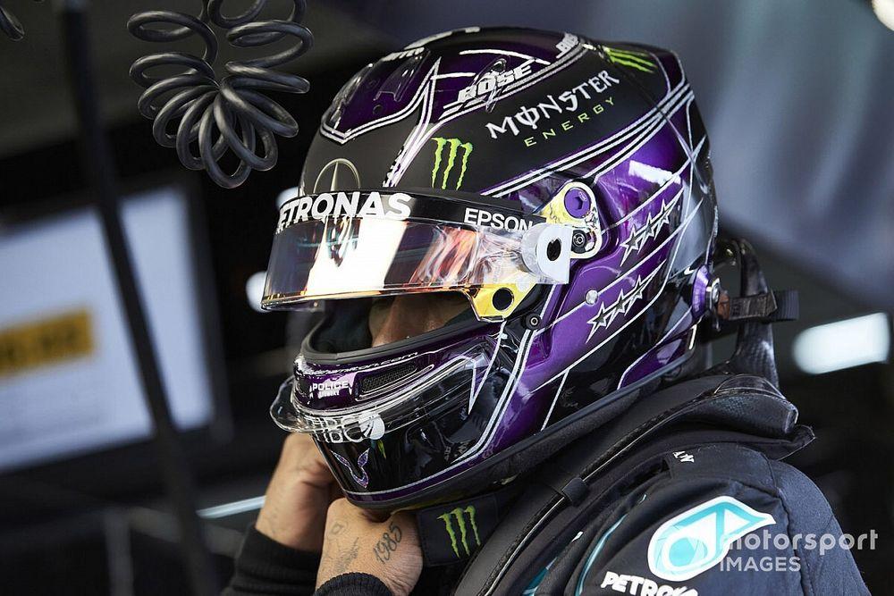Resmi: Hamilton, 2021 yılında Mercedes'le yarışmaya devam edecek!