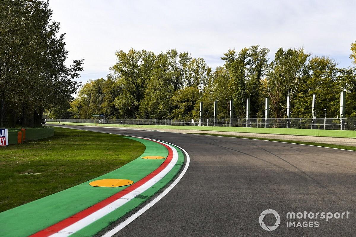 Foto's: De Formule 1 strijkt na 14 jaar weer neer in Imola