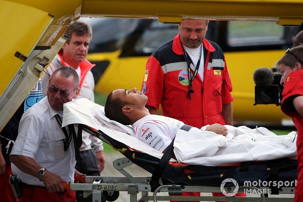 GALERÍA: Hamilton y su primer gran accidente en la F1 en Nürburgring