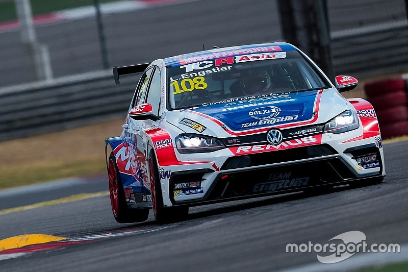 Luca Engstler vince le due gare di Shanghai ed è Campione 2018 in TCR Asia Series