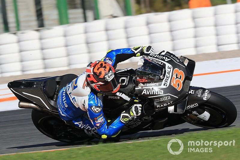 """Tito Rabat vuelve a """"ser piloto"""" tras el brutal accidente de Silverstone"""