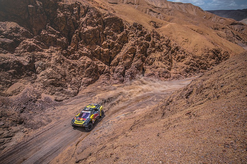 Dakar 2019, Stage 6: Loeb wins, Peterhansel struggles