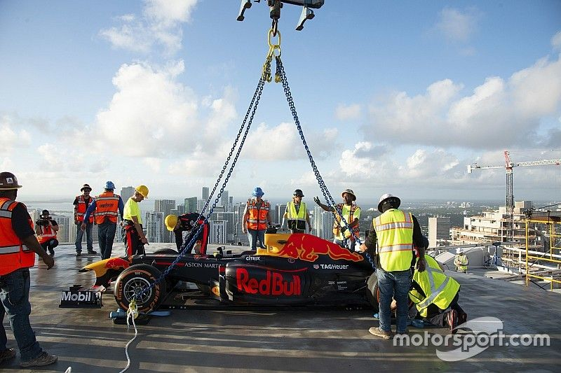 Red Bull toma el techo de un rascacielos en Miami