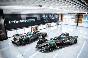 New team HWA announces Paffett as first driver