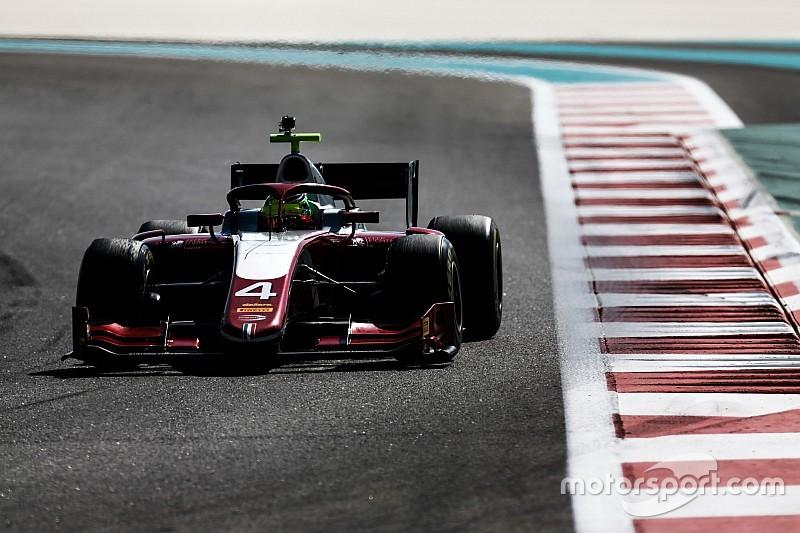 Schumacher remekelt az F2 pénteki tesztnapján, Correa volt a leggyorsabb