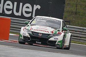Hungary WTCC: Michelisz leads Honda 1-2 in wet final practice