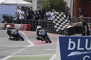 Anggi Setiawan naik podium di balap MiniGP