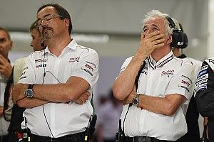 Le Mans 24 Jam: Toyota alami bencana, Porsche ambil alih pimpinan