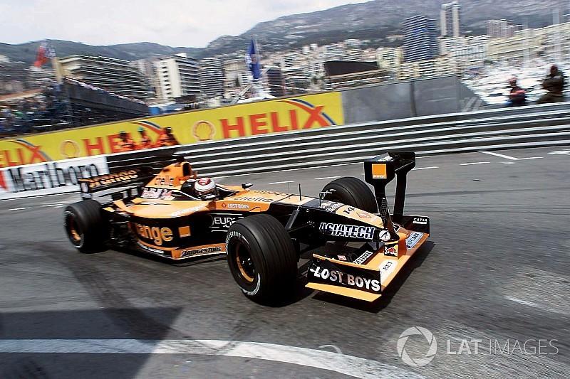 Tarihte bugün: Arrows, F1'den ayrılıyor