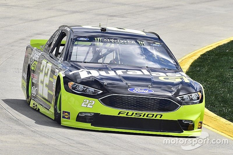 Ford searching for their first Martinsville victory in 15 years
