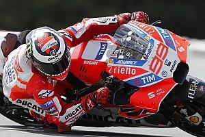 MotoGP News MotoGP 2017: Lorenzo mit neuer Verkleidung eine halbe Sekunde schneller
