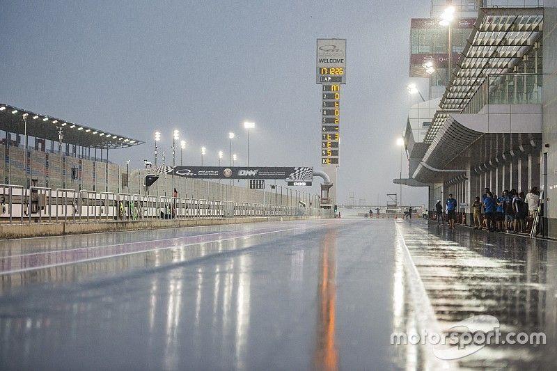Regen in Katar? MotoGP-Stars Rossi & Lorenzo kämpfen gegen Wetter