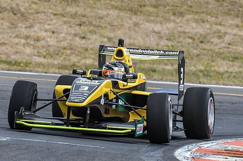 Taupo TRS: Leitch passes Armstrong for Race 1 win