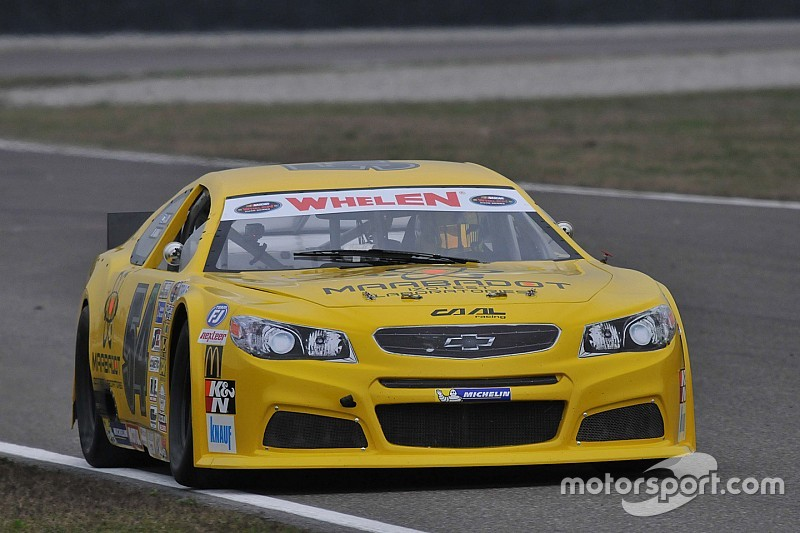 Alon Day takes Elite 1 victory in NASCAR Whelen Euro playoff opener