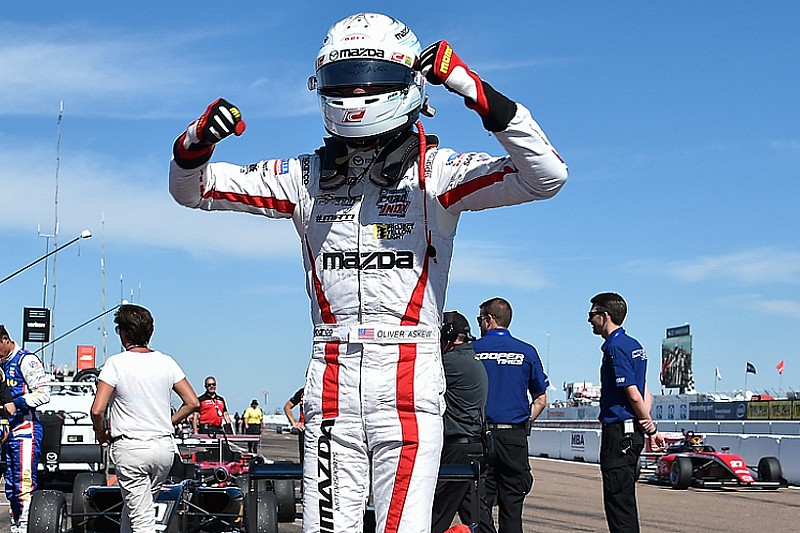 Barber USF2000: Askew doubles up in dominant style