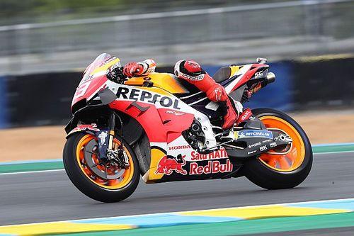 Marquez topt regenachtige derde training van Franse GP