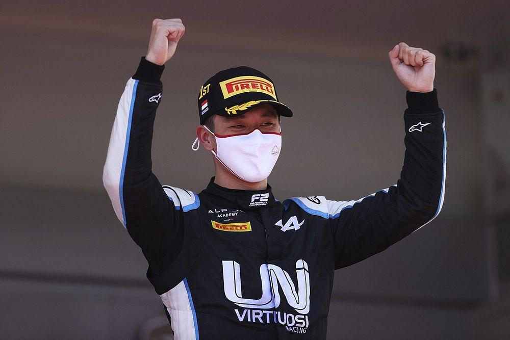Alpine gunt Zhou in Oostenrijk debuut in F1-training