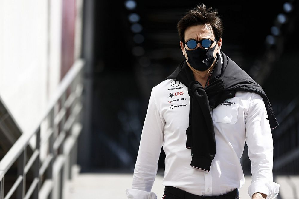"""F1: Após crítica de Hamilton, Wolff diz que esporte precisa ser """"muito mais acessível"""""""