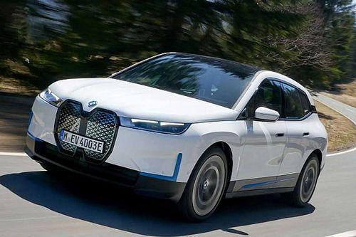 Bemutatkozik a BMW első elektromos SUV-je, az iX