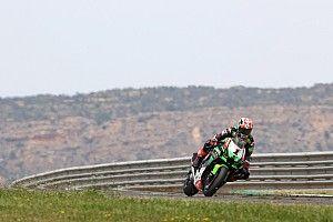 Aragon WSBK: Rea leads Kawasaki 1-2 in damp Superpole race