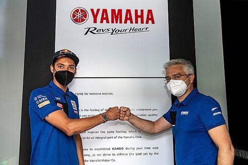 Razgatlıoglu aplaza su salto a MotoGP: renueva dos años con Yamaha en SBK