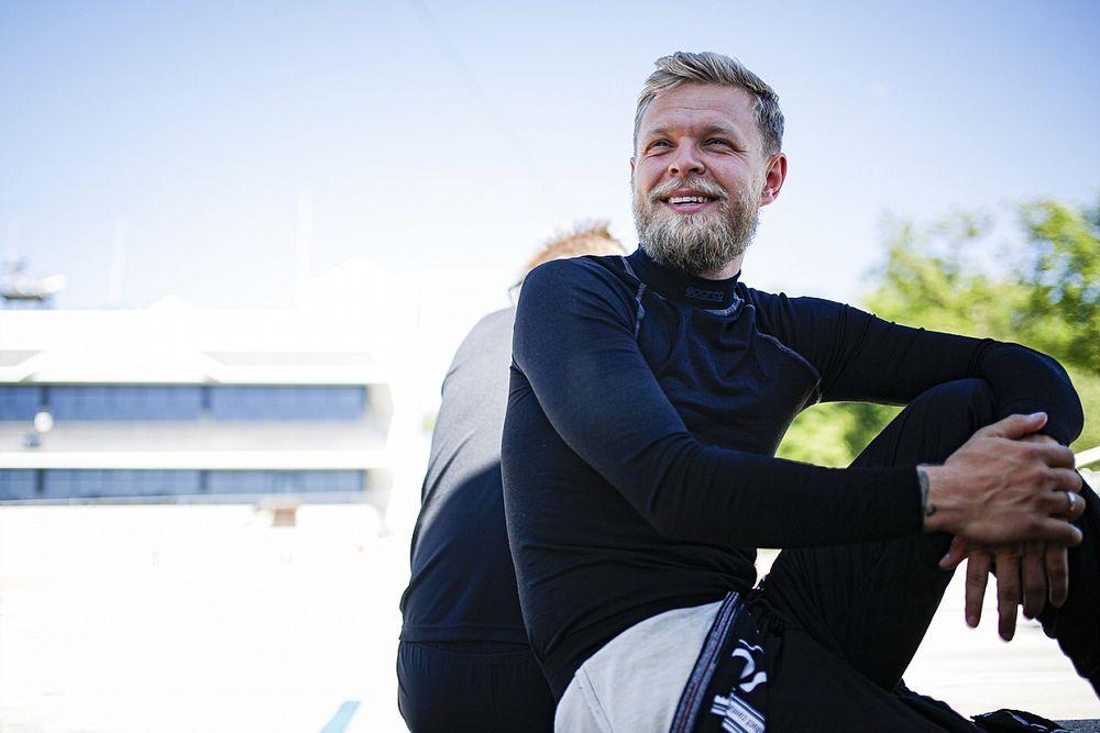 Magnussen au Mans, avec Papa mais pas en vacances!